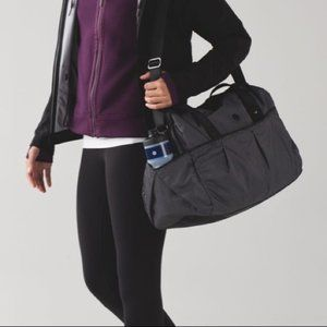 lululemon athletica Bags - NWT Lululemon All Day Duffel w/Heatproof Pocket